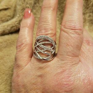 Jewelry - Unique Fashion Ring.